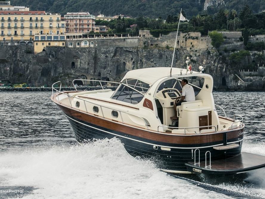 APREAMARE 38ft DIAMOND | Mar Amar boat tour Sorrento
