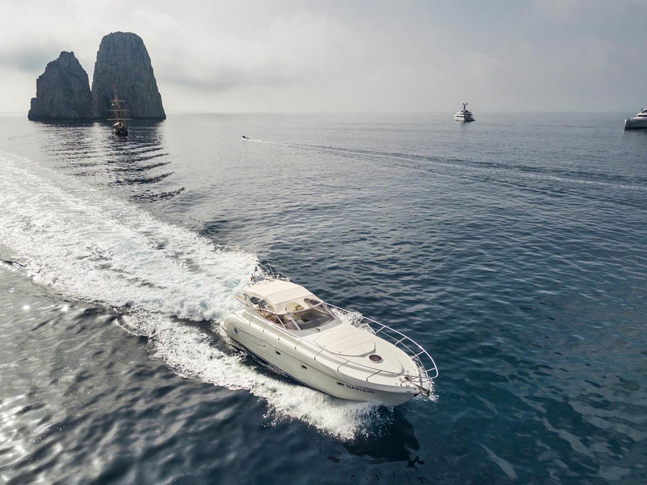 Book a Yacht   Mar Amar boat tour